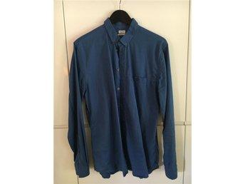 500 kr - Blå skjorta i mjuk bomull från Filippa K, storlek Large - Bromma - 500 kr - Blå skjorta i mjuk bomull från Filippa K, storlek Large - Bromma
