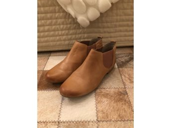 Skinn boots nude Caprice