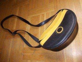 Cool Gul Svart Handväska väska gjord på bildäck snygg accesoar till svart