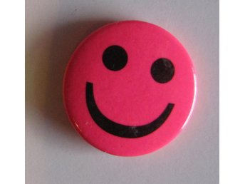Knapp pin rosa smiley glad emoticon fin rolig accessoar fin kul present barn