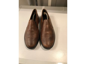 Tods(tod's) slip on sneakers(loafers)