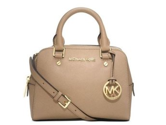 **USA**NY ÄKTA MICHAEL KORS JET SET TRAVEL SMALL DARK CAMEL I ÄKTA LÄDER.