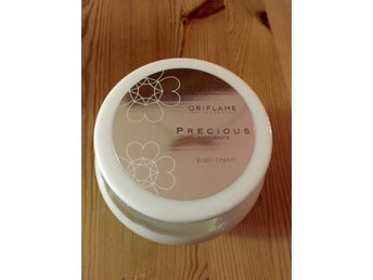 Oriflame Body cream Body Lotion Precious Moments Shimmer Oöppnad