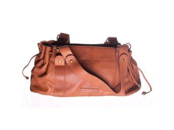 Billiga handväskor online Hitta din nästa väska på Tradera