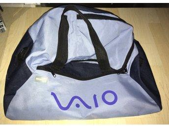 Javascript är inaktiverat. - Bro - Felfri och smidig bär-väska för laptops medmera - Bro