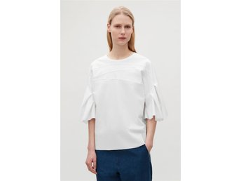 COS - Pleated jersey top, white. Helt ny! Strl M