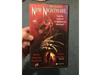 Wes craven's new nightmare Freddy Krueger / nightmare on elm street VHS