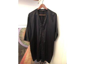 Ljuvlig FILIPPA K Siden klänning stl S (362153268) ᐈ Köp på