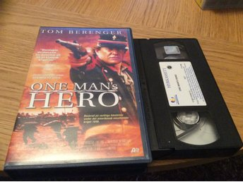 One Mans Hero VHS Tom Berenger  HYR VHS