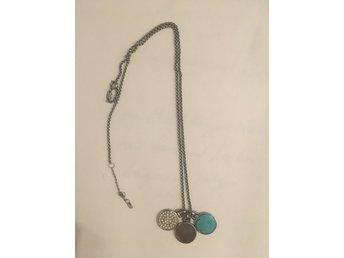 fånga tillgängliga nya bilder av Fossil halsband med hängen (371985989) ᐈ Köp på Tradera