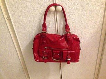 Nytt röd väska - Bromölla - Nytt röd väska - Bromölla
