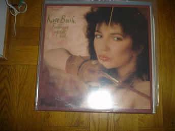 """12"" - Kate Bush - Running up that hill"
