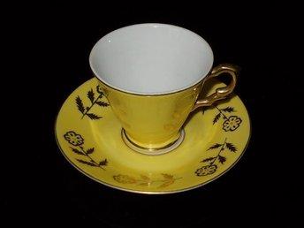 RETRO Mycket fin Kaffekopp med fat - Nora - RETRO Mycket fin Kaffekopp med fat - Nora