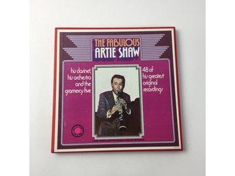 Javascript är inaktiverat. - Stockholm - Reader's Digest, Vinylskivor, Modell: 5 St, The Fabulous Artie ShawVaran är i normalt begagnat skick.Information från säljaren: Inköpt: 1974, Kommentar: OBSERVERA! Jazz LP-BOX!! Skick: Varan säljs i befintligt skick och endast det som syn - Stockholm