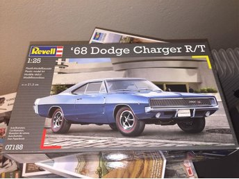 Revell 1/24 1968 Dodge Charger R/T