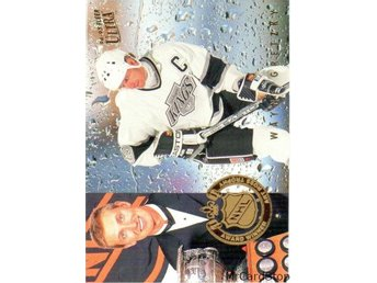 Ultra 1994-95 NHL Award Winner 5 Wayne Gretzky Los Angeles Kings