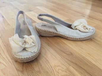 Beige sandaler, storlek 37,5 - Kista - Beige sandaler, storlek 37,5 - Kista