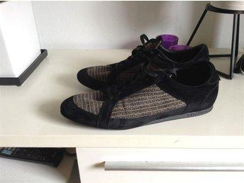Dolce & Gabbana sneakers nyskick strl 10 - Landskrona - Dolce & Gabbana sneakers nyskick strl 10 - Landskrona