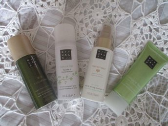 RITUALS DEOSPRAY=TAO+SAKURA, MASSAGEOLJA; HANDKRÄM GINKGO SECRET!!!