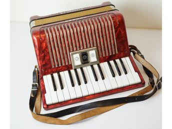 DRAGSPEL, Hohner Student VB, made in Germany.