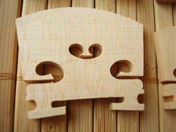 Stall för fiol 1/2, lönn - Borensberg - Stall för fiol 1/2, lönn - Borensberg