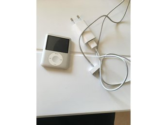 Apple iPod Nano 4GB