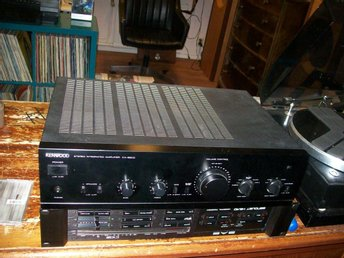 Kenwood KA-660 D med 2x100W --- Phono MM/MC ---