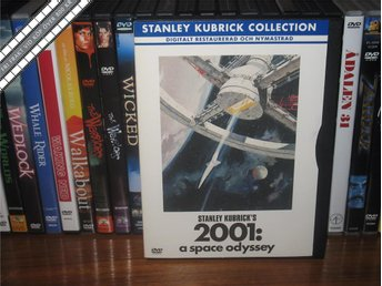 2001 - A SPACE ODYSSEY (Snap Case) - Stanley Kubrick *UTGÅNGEN DVD* - Svensk tex - åmål - 2001 - A SPACE ODYSSEY (Snap Case) - Stanley Kubrick *UTGÅNGEN DVD* - Svensk tex - åmål