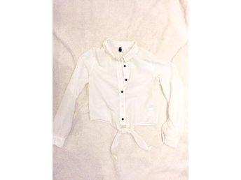 Supersnygg skjorta från Divided - Visby - Supersnygg skjorta från Divided - Visby