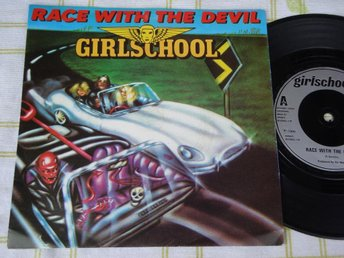 "GIRLSCHOOL - RACE WITH THE DEVIL 7"" 1980"