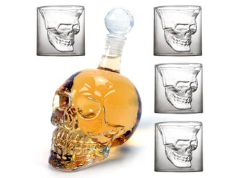 Crystal Head Döskalle Flaska Karaff whiskey/vodka & 4 dödskalle glas - Hong Kong - Crystal Head Döskalle Flaska Karaff whiskey/vodka & 4 dödskalle glas - Hong Kong