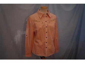 Ledig Vit o aprikos fär Skjorta med mycket detaljer. Contry line Gränna. Stl 42. - Norrtälje - Ledig Vit o aprikos fär Skjorta med mycket detaljer. Contry line Gränna. Stl 42. - Norrtälje