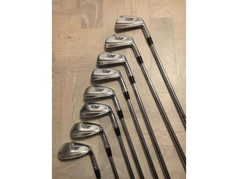 Tiger Woods Titleist 681-T Forged klubbor