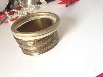 armband , tre stycken, guldfärg - Brandbergen - armband , tre stycken, guldfärg - Brandbergen