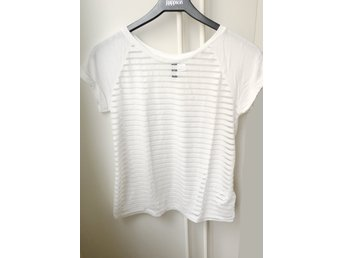 Supercool see through t-shirt top Divided XS sommar genomskinlig smickrande