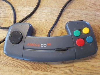 Handkontroll till Amiga CD32 (Commodore)