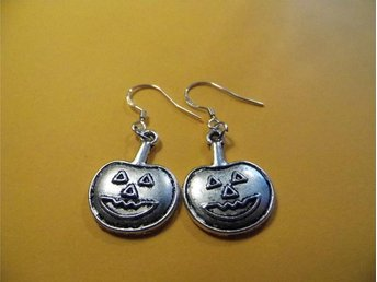 Pumpa örhängen / Pumpkin earrings