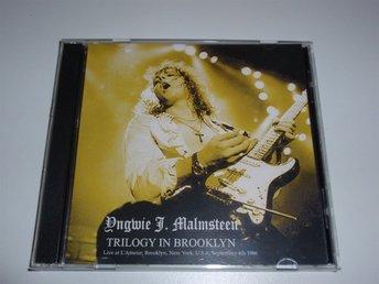YNGWIE MALMSTEEN - TRILOGY IN BROOKLYN 2CD / USA 1986 ALCATRAZZ VERY RARE! - årnes ( Norge ) - YNGWIE MALMSTEEN - TRILOGY IN BROOKLYN 2CD / USA 1986 ALCATRAZZ VERY RARE! - årnes ( Norge )