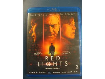 RED LIGHTS - ROBERT DE NIRO, SIGOURNEY WEAVER  -  BLU-RAY