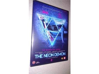 The Neon Demon 2016 112 Min DVD Ny Skräck/Thriller Svensk Text - Glommen - The Neon Demon 2016 112 Min DVD Ny Skräck/Thriller Svensk Text - Glommen