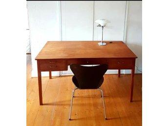 Skrivbord i teak 1950 60 tal