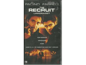 THE RECRUIT - AL PACINO -COLIN FARRELL( VHS - SVENSKT TEXT )