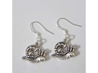 Snigel örhängen / Snail earrings