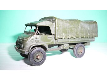 Military Mercedes Benz Unimog - French Dinky Toys No. 821 - Made in France