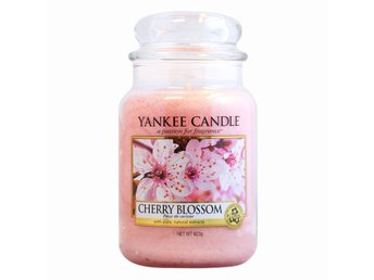Yankee Candle Classic Large Jar Cherry Blossom Candle 623g