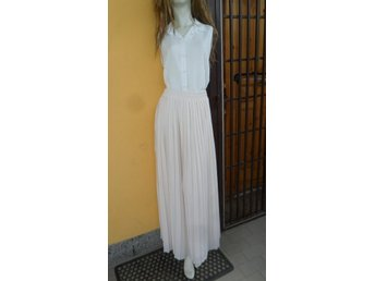 Mint & Berry beige pliserad lång kjol strl 42 romantisk - Rome - Mint & Berry beige pliserad lång kjol strl 42 romantisk - Rome