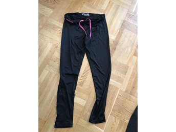 MY WEAR - ACTIVE - TOPPEN SNYGGA SPORT LEGGINGS STL LARGE !