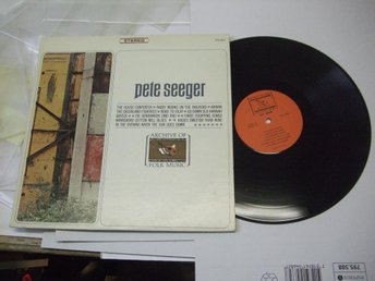 PETE SEEGER Archive of Folk Music