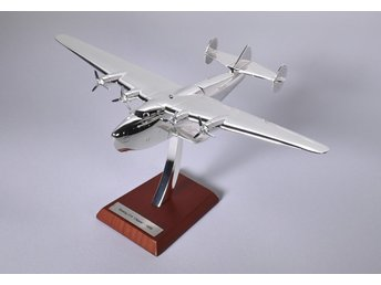 Atlas Editions Douglas Boeing 314 Clipper - 1/200 scale - silver-plated!