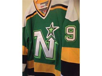 Mike Modano matchtröja Minnesota North Stars NHL hockey tröja - Hedemora - Mike Modano matchtröja Minnesota North Stars NHL hockey tröja - Hedemora
